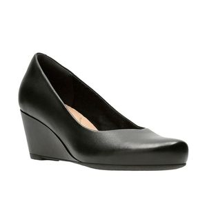 New Flores Tulip Leather Wedges